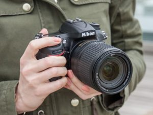 Use the thumbwheel to change shutter speed and aperture speed settings