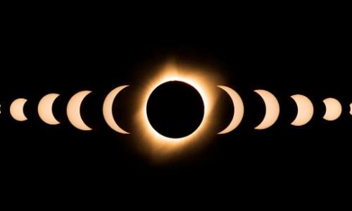 Photograph The Solar Eclipse